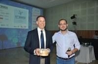 Vencedor do Green Chemistry Challenge Awards de 2018 ministra minicurso na UFSCar